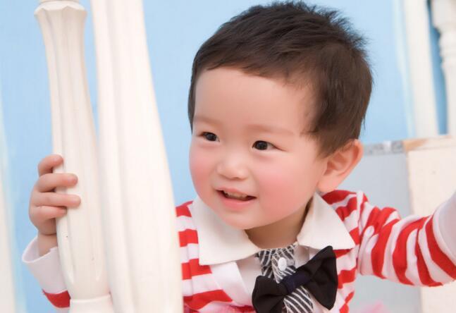 男宝宝起名:姓罗的男孩起名字
