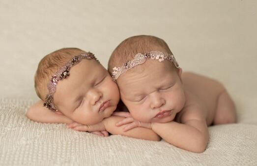 【宝宝起名】双胞胎宝宝起名字